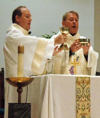 deacon at eucharist